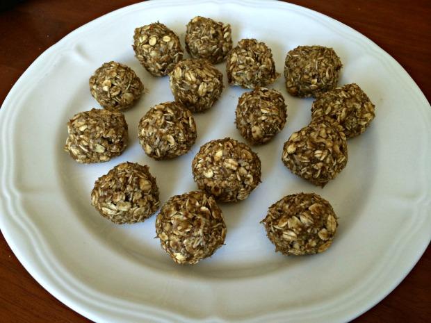 PB banana oatmeal protein balls 4
