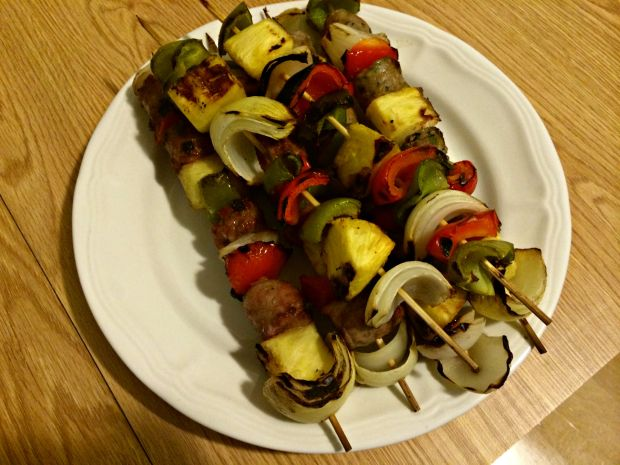 sausage, veggie & pineapple skewers 5